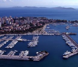 airport-transfers-by-yacht